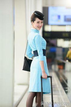 时讯网 Airline Uniforms, Military Women, Xiamen, Cabin Crew, Flight Attendant, Aviation, High Waisted Skirt, Pin Up, Air Lines
