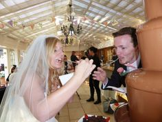 Wedding Cake Stunners 1.0... ~ Hot Chocolates Blog http://www.hotchocolates.co.uk http://www.blog.hotchocolates.co.uk  #wedding #weddings #bigday #bride #chocolate #chocolatefountain