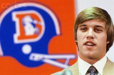 Where are the quarterbacks from the legendary 1983 NFL Draft now? Denver Broncos Football, Go Broncos, Broncos Fans, Football Memes, Football Season, Broncos Players, American Football League, John Elway, Football Conference