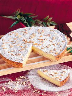 Νέο προϊόν στα Μαριλού Cupcake  Τόρτα ντε λα Νόνα Παραδοσιακή τοσκανέζικη τάρτα με κρέμα λεμονιού, αμύγδαλα και κουκουνάρια  http://www.marilous.gr/product/torta-nte-la-nona/ #Marilou #Sweet #torta #torta-della-nonna