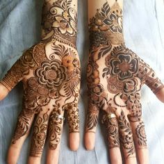 Striking Khafif mehndi designs collection for hands to try in 2019 Modern Henna Designs, Rose Mehndi Designs, Latest Henna Designs, Henna Art Designs, Mehndi Designs 2018, Mehndi Designs For Girls, Mehndi Designs For Fingers, Dulhan Mehndi Designs, Mehendi