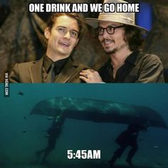 Image uploaded by Jessica Ogden. Find images and videos about johnny depp, pirates of the caribbean and orlando bloom on We Heart It - the app to get lost in what you love. Really Funny Memes, Stupid Funny Memes, Funny Relatable Memes, Funny Fails, Hilarious, Jack Sparrow Funny, Jack Sparrow Quotes, The Pirates, Pirates Of The Caribbean
