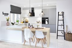 Hygge wnętrze - PLN Design - Expolore the best and the special ideas about Modern kitchen design Home Decor Kitchen, Kitchen Remodel, Modern Kitchen Room, Kitchen Room Design, Kitchen Island Dining Table, Home Kitchens, Kitchen Layout, Interior Design Kitchen Contemporary, Kitchen Style