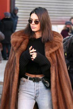 Kendall Jenner #streetstyle #Paris #2017