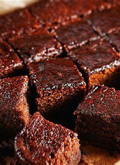 Low FODMAP & Gluten free Recipe - Sticky ginger cake