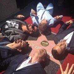 Backstreet Boys han conseguido tener su propia estrella en el Hollywood Walk Of Fame  en el año de su 20 aniversario.