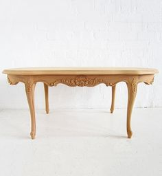 French Oval Coffee Table / Oval Cab Leg Coffee Table / Dutch Connection