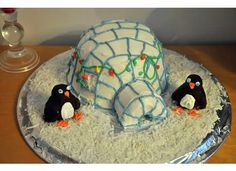 Igloo cake - how cute is this! And not that difficult.