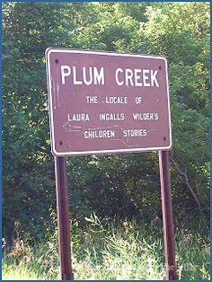 """¡El famoso Plum Creek cerca de Walnut Grove, Minnesota! El luhar se popularizó gracias a la serie de televisión """"La Familia Ingalls"""", pero las aventuras narradas en ese show televisivo , poco y nada tenían que ver con las relatad en el libro escrito por la misma Laura """"En las Riveras del Plum Creek""""..."""