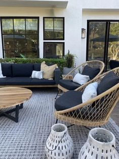 Tropical and stately, the Aeri lounge chair looks great sitting on your deck or as the star of your living room. Photo by Becki Owens. Outdoor Spaces, Outdoor Chairs, Outdoor Furniture Sets, Patio Lounge Furniture, Geek Furniture, Antique Furniture, Furniture Ideas, Pallet Furniture, Furniture Makeover