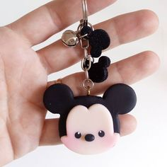 872 Likes, 17 Comments - Rejane Kesia Arte em biscuit ( on I. Polymer Clay Disney, Crea Fimo, Polymer Clay Kawaii, Fimo Clay, Polymer Clay Projects, Polymer Clay Charms, Polymer Clay Art, Polymer Clay Jewelry, Clay Crafts