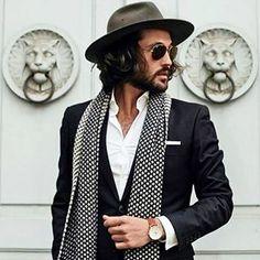 The Chique Gentleman @thegreatgentleman Instagram profile - Pikore