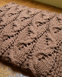 Ravelry: SweaterBabe's Travelling Cables Blanket