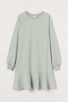 Jumper Dress, Sweatshirt Dress, Beige Dresses, Short Dresses, Lady Grey, Fashion Company, Tunic Tops, Style Inspiration, Sweatshirts