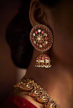 51 Best Ideas For Jewerly Gold Indian Earrings Jewellery Designs Bridal Earrings, Bridal Jewelry, Silver Jewelry, Gold Earrings, Diamond Jewelry, Silver Rings, Gold Necklace, India Jewelry, Temple Jewellery