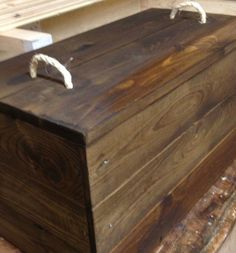 Solid Wood Toy Chest Ottoman Storage Box Trunk Vintage Style Oak Pine Walnut