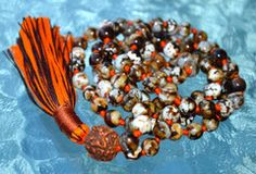 Natural Leopard Vein Agate Mala Beads Necklace for Overcoming past Tra – AwakenYourKundalini