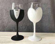 Bride and Groom Wedding Wine Glasses