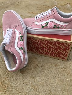 I Have Other Colors. Check My Shop Pink Vans old skool, custom vans shoes, Vans old skool rose, Vans sneakers, Vans shoes for women, rose sneakers, floral vans, vans shoes • Shoe: Old Skool Vans 100% Authentic • Size: Women/Men/Youth available • Design: Rose Embroidered These pink