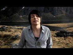 ▶ Antti Tuisku - Juuret (virallinen musiikkivideo) - YouTube