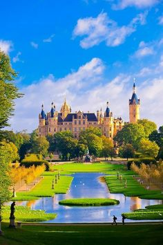 Schwerin Castle is a palatial schloss located in the city of Schwerin, the capital of Mecklenburg-Vorpommern state, Germany. It is situated on an island in the city's main lake. Beautiful Castles, Beautiful Buildings, Beautiful Places, Amazing Places, Places Around The World, Oh The Places You'll Go, Around The Worlds, Mansion Homes, Famous Castles