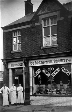 Co-Operative Park Road store opened in pictured in 1926 Candid Photography, Street Photography, High Street Shops, Sign Writing, Industrial Architecture, London Pictures, A Moment In Time, Old Street, Shop Fronts