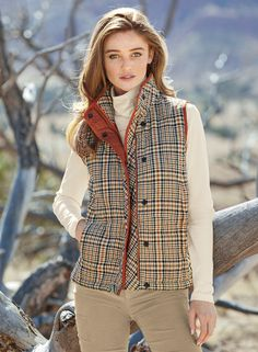 Preppy Fall Fashion, Preppy Fall Outfits, Fall Fashion Outfits, New Outfits, Casual Outfits, Dressy Pants, Quilted Vest, Online Fashion Stores, Cozy Sweaters
