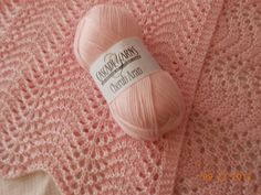 Soooo crazy easy to do.  This is my new favorite knitting stitch pattern.  Ravelry: dragonfly9712's Old Shale Pink