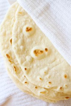 still looking for a flour tortilla recipe that doesn't yield chewy, inedible results. will try this, and report back.