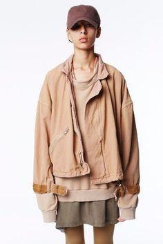 Explore the looks, models, and beauty from the Yeezy Spring/Summer 2016 Ready-To-Wear show in New York on 16 September 2015 Kanye West, Hypebeast, Yeezy Season 1, Season 2, Yeezy Collection, West Highland White Terrier, Streetwear, Dior, Khaki Jacket