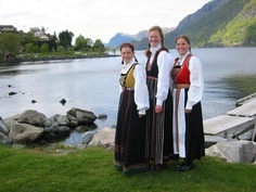 This is Norway :-) Looks like somewhere colse to Hardanger juged by what area the costumes belongs to Sailing Day, Danish Culture, Costumes Around The World, Scandinavian Countries, Odense, Copenhagen Denmark, Theatres, My Heritage, Ireland Travel