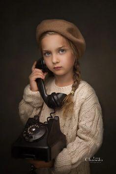 Art Photography Portrait, Kids Fashion Photography, Newborn Photography Props, Photography Editing, Children Photography, Girl Photo Shoots, Beautiful Little Girls, Photo Competition, Photographing Kids