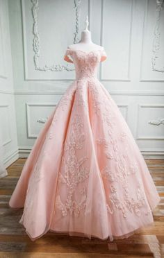 19ffeda48d33 Sweetheart Off The Shoulder Tulle And Satin Ball Gowns Prom Dresses Lace  Appliques