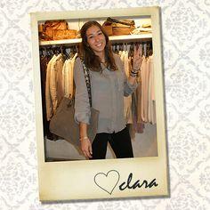Tenemos chica nueva en la tienda de Diputación!!!! Tan guapa y simpática como Laura! Que por cierto sigue en la familia Uno Più Uno, con el equipo de Marketing. Bienvenida Clara!!!!!!!!!!