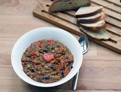 Rusky baklazan so zeleninou od бабушки. Vegan Recipes, Vegan Meals, Cruelty Free, Eggplant, Cereal, Beef, Cooking, Breakfast, Hedgehogs