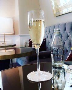 Because it's Saturday  #London #langham #Hotel #drinks #fizz #lovinglife #leaving #belfast #saturday #LanghamClub by nicolegordan7
