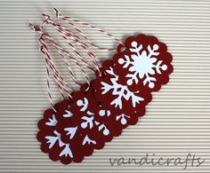 6  Handmade  Christmas gift tags  Snowflakes by Vandicrafts
