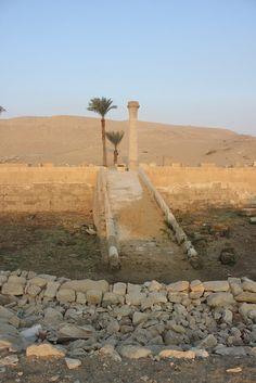 CAMINO DE LA TUMBA DE MEREFNEBEF   por Soloegipto