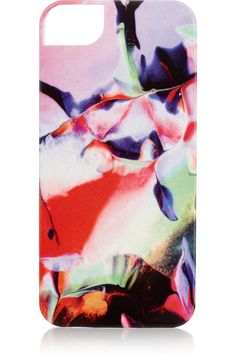 Richard Weston digitally transposes the beauty of nature onto everything from glass facades to scarves or in this case, your iPhone. I could stare at his prints for hours. Strezzate Siracusa printed iPhone 5 caseatNET-A-PORTER.COM #under50 #gift