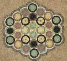 Penny Rug Maker - How to make Penny Rugs - History of Penny RugsPenny ...