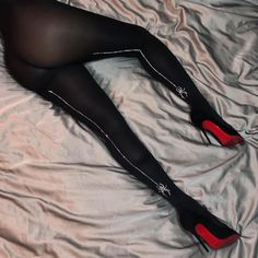 Sexy Legs And Heels, Sexy High Heels, Nylons, Dope Swag Outfits, Lady Stockings, Fashion Tights, Lingerie, Black Women Fashion, Black Tights