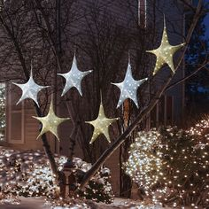 The Cordless Outdoor Twinkling Tree Stars