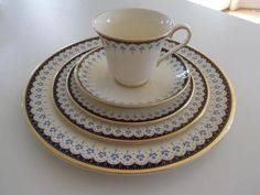 5 PIECE PLACE SETTING - MINTON - CONSORT PATTERN - FINE BONE CHINA