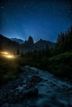 扎尕那星空 (Gansu, China), by 七叔 on 500px...... #village #lighting #Landscape #Forest #Mountain #River #China #Gansu #Stars #Shambhala