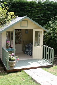 Lovely and Cute Garden Shed Design ideas for Backyard Part 29 ; garden shed ideas; garden shed organization; garden shed interiors; garden shed plans; garden shed diy; garden shed ideas exterior; garden shed colours; garden shed design Garden Shed Diy, Garden Cottage, Shabby Chic Garden, Garden Houses, Shed Design, Garden Design, Summer House Garden, Summer Houses, Small Summer House
