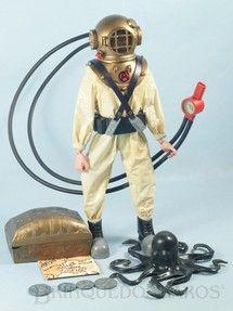 Brinquedos antigos - Estrela - Falcon Aventura Busca do Tesouro Submarino Luta contra os Oitos Tentáculos Marinhos completo com Polvo e mais 11 Itens Edição 1977
