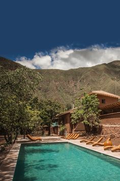 Stay at this amazing hotel with explora travel at Valle Sagrado. Travel Destinations, Travel Tips, Stunning Photography, Machu Picchu, Where The Heart Is, Real People, Best Hotels, Peru, Around The Worlds