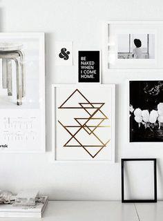 Abstraktes Poster mit goldenen Dreiecken, geometrisch / geometrical home decor: artprint with golden triangles made by Schöne Dekor via DaWanda.com