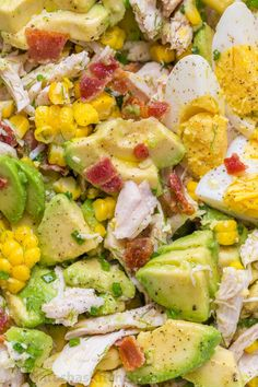 This Avocado Chicken Salad recipe is a keeper! Easy, excellent chicken salad with lemon dressing, plenty of avocado, irresistible bites of bacon and corn. No cooking required for this healthy Chicken Cucumber Avocado Salad. OMIT CORN FOR KETO Cucumber Avocado Salad, Avocado Salat, Avocado Toast, Chicken Avocado Salad, Keto Avocado, Egg Salad, Avocado Egg, Bacon Salad, Avocado Salad Recipes