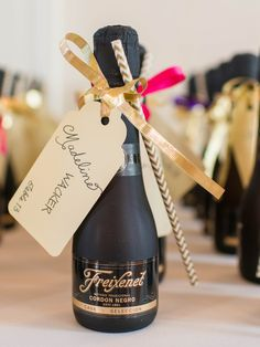 19 DIY Wedding Shower Favors That Are Stupid Easy Mini champagne